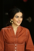 Tapsee pannu during interview june 2019 (11)