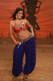 varalakshmi-sarathkumar-stills-from-madha-gaja-raja-movie-5123