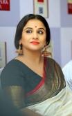 Vidya Balan new stills in saree (3)
