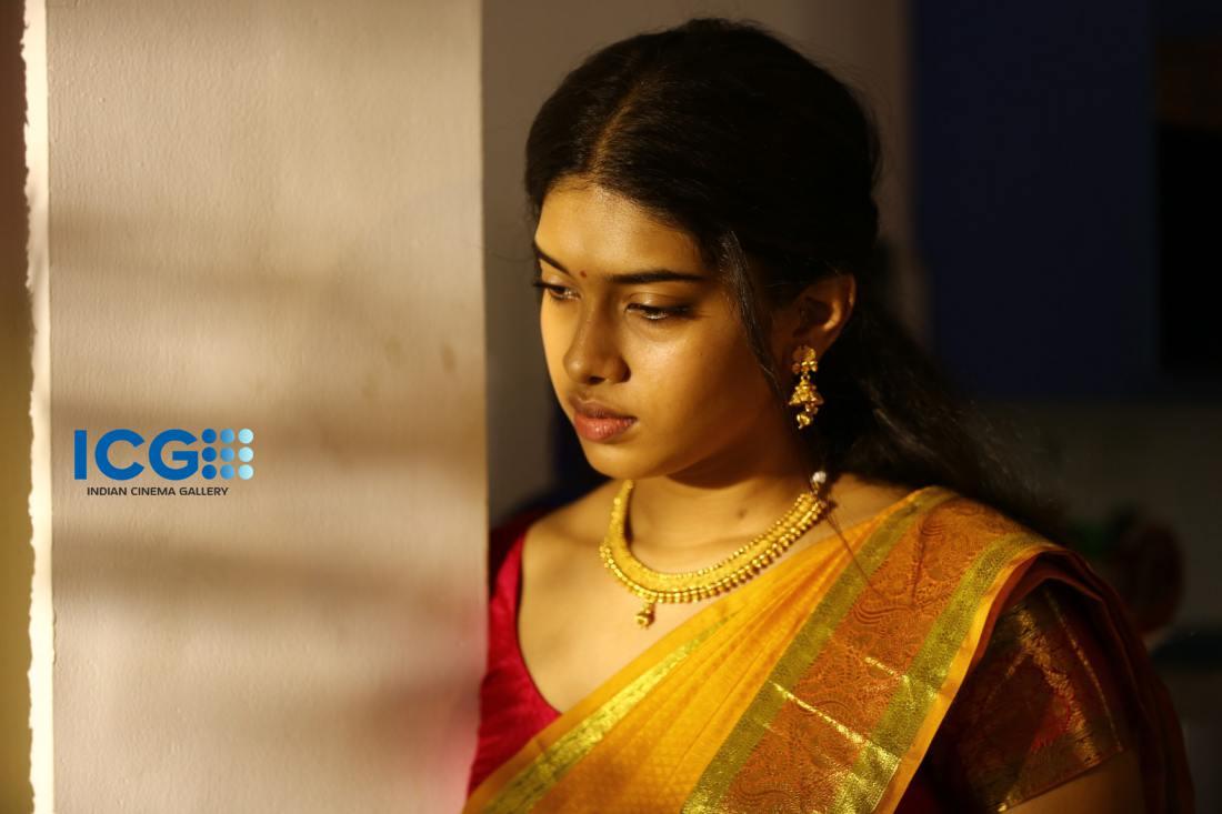 Dushara Vijayan (9)