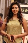 Indhuja Ravichandran at Sandakozhi premiere show (7)