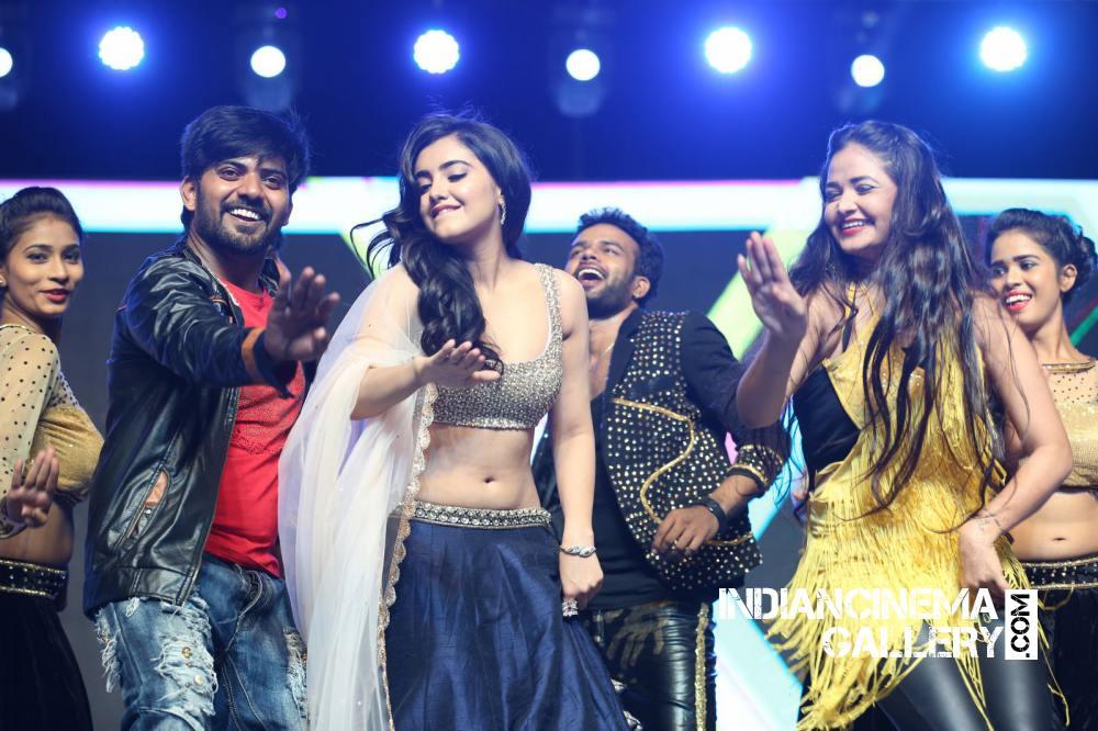 Malvika Sharma at Nela Ticket Audio Launch (1)