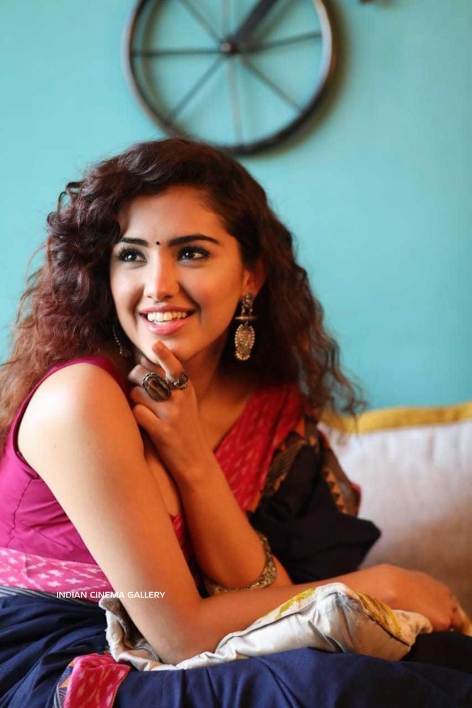 Malvika Sharma latest photoshoot (2)