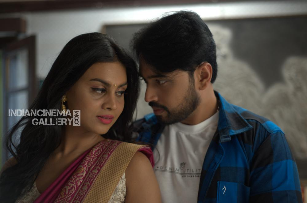 Meghla Mukta in vallabhudu movie (2)