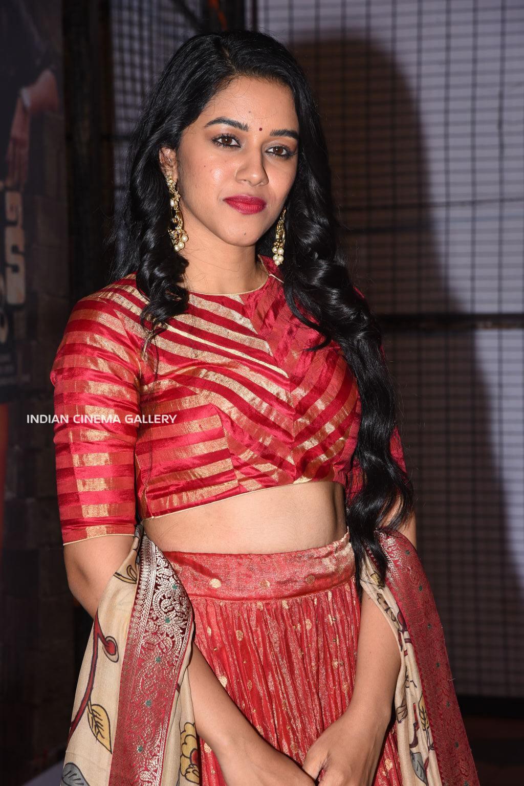 Mirnalini Ravi stills (14)