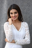 Niddhi agarwal in white dress stills (7)