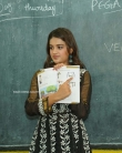Nidhhi Agerwal Teaches English To Pega Teach (4)