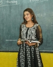 Nidhhi Agerwal Teaches English To Pega Teach (6)