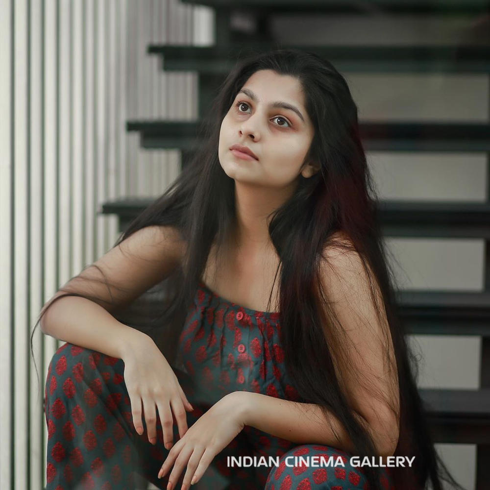 1_Niranjana-Anoop-Instagram-Photos6