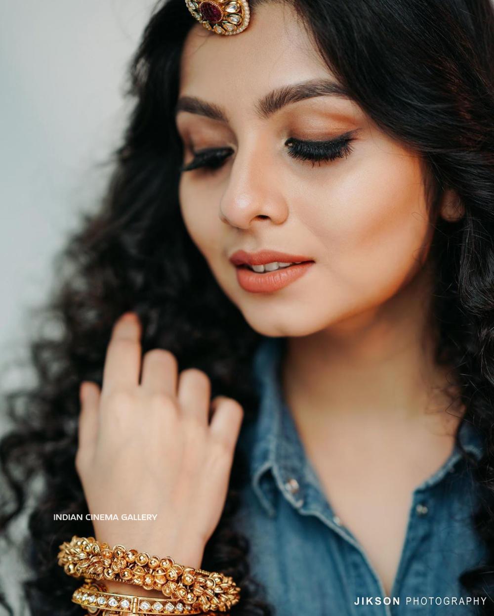 Niranjana Anoop Instagram Photos (4)