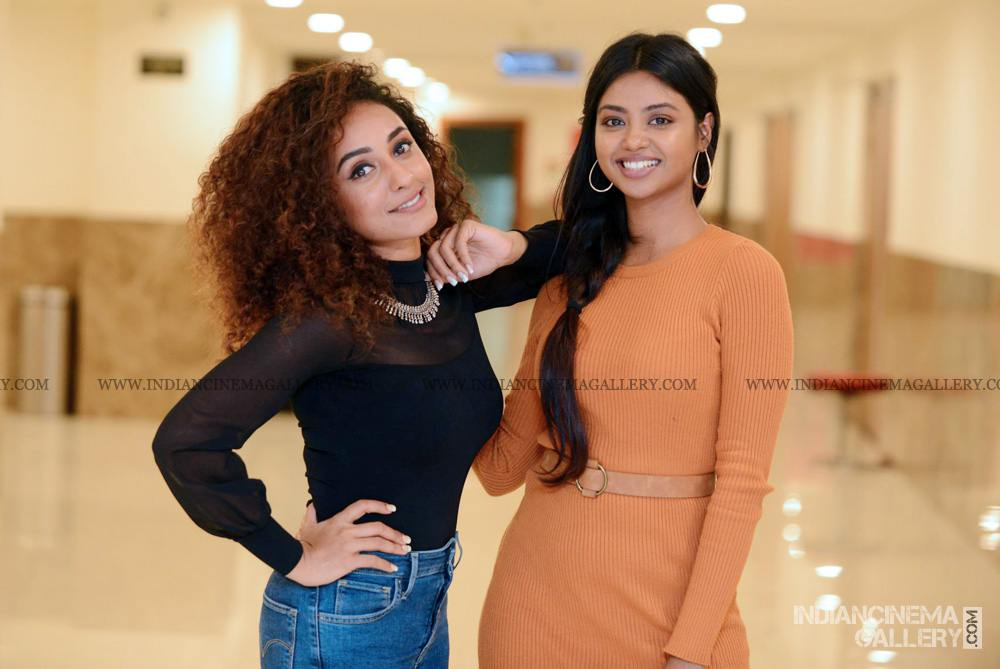 Pearle Maaney at WHO movie preview show (4)