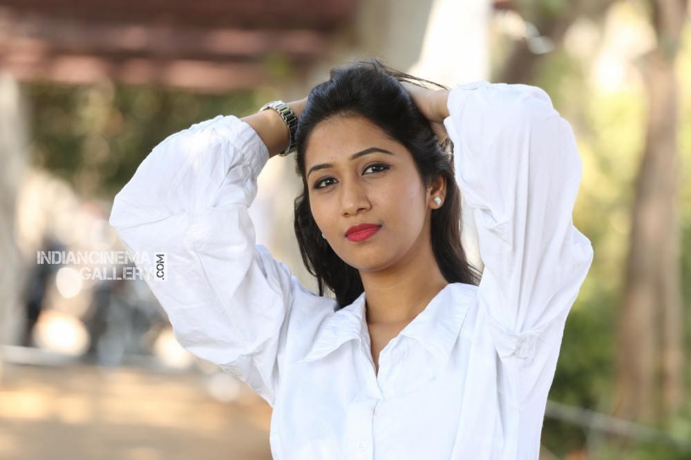 Actress Pranathi Stills (19)