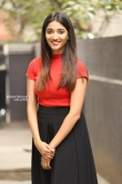 priya vadlamani in skirt n top stills (2)
