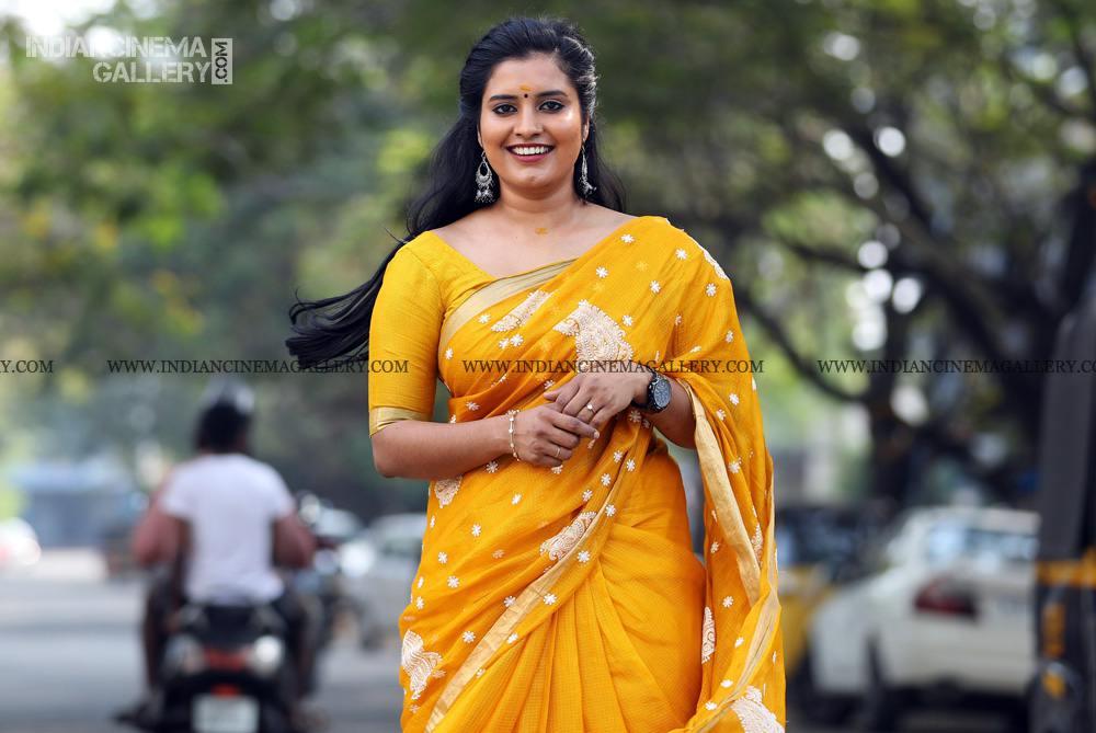 Roshna Ann Roy at Vritham Movie Launch (16)