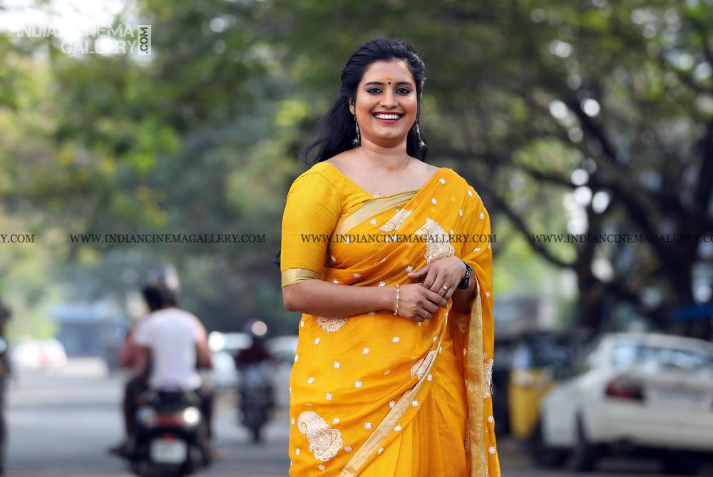 Roshna Ann Roy at Vritham Movie Launch (17)
