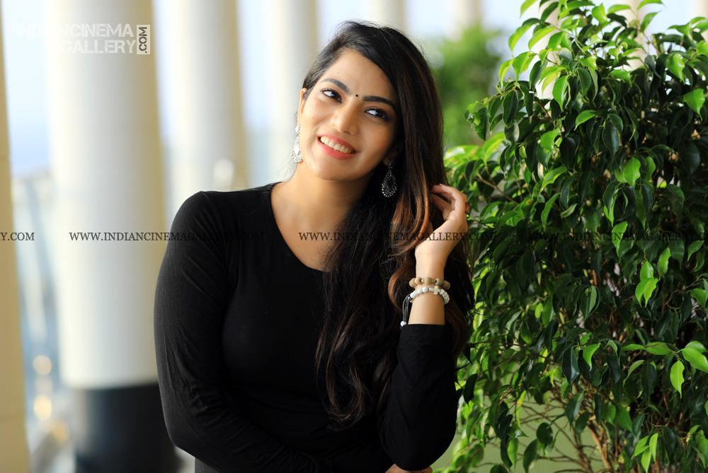Sai Priya Deva at ente ummante peru success meet (25)