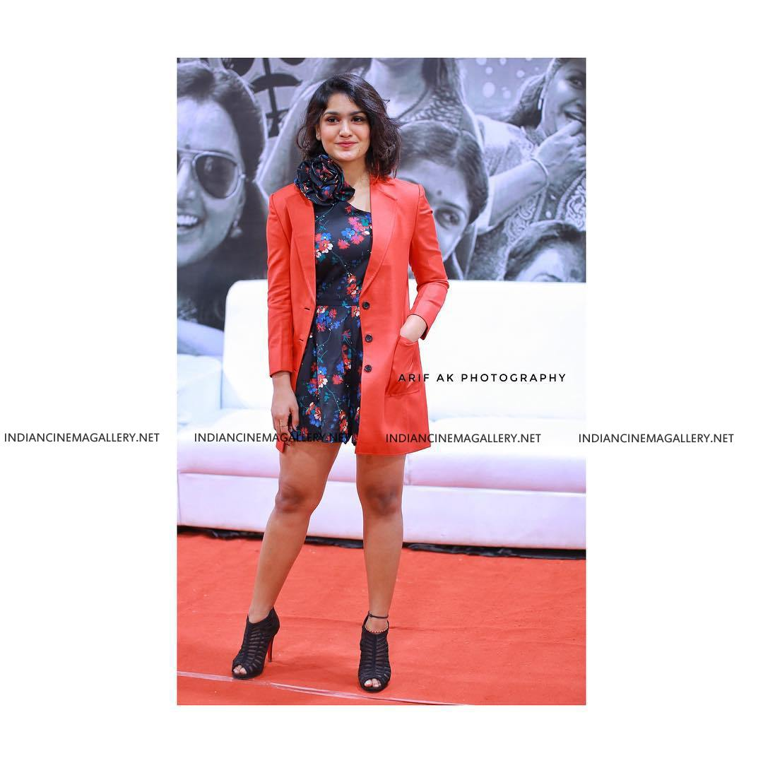 Saniya Iyappan at Asianet film awards 2019 (3)