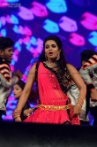 Saranya Anand at ZEE Keralam channel launch (14)