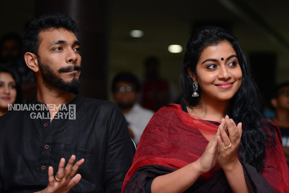 Shruthi Ramachandran at captain movie success meet (2)