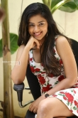 Siddhi Idnani still during her interview (39)