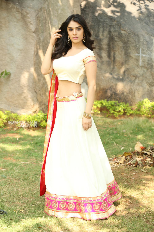 Actress Sidhika Sharma Stills (17)