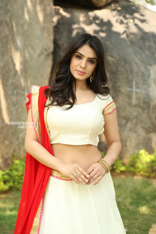 Actress Sidhika Sharma Stills (20)