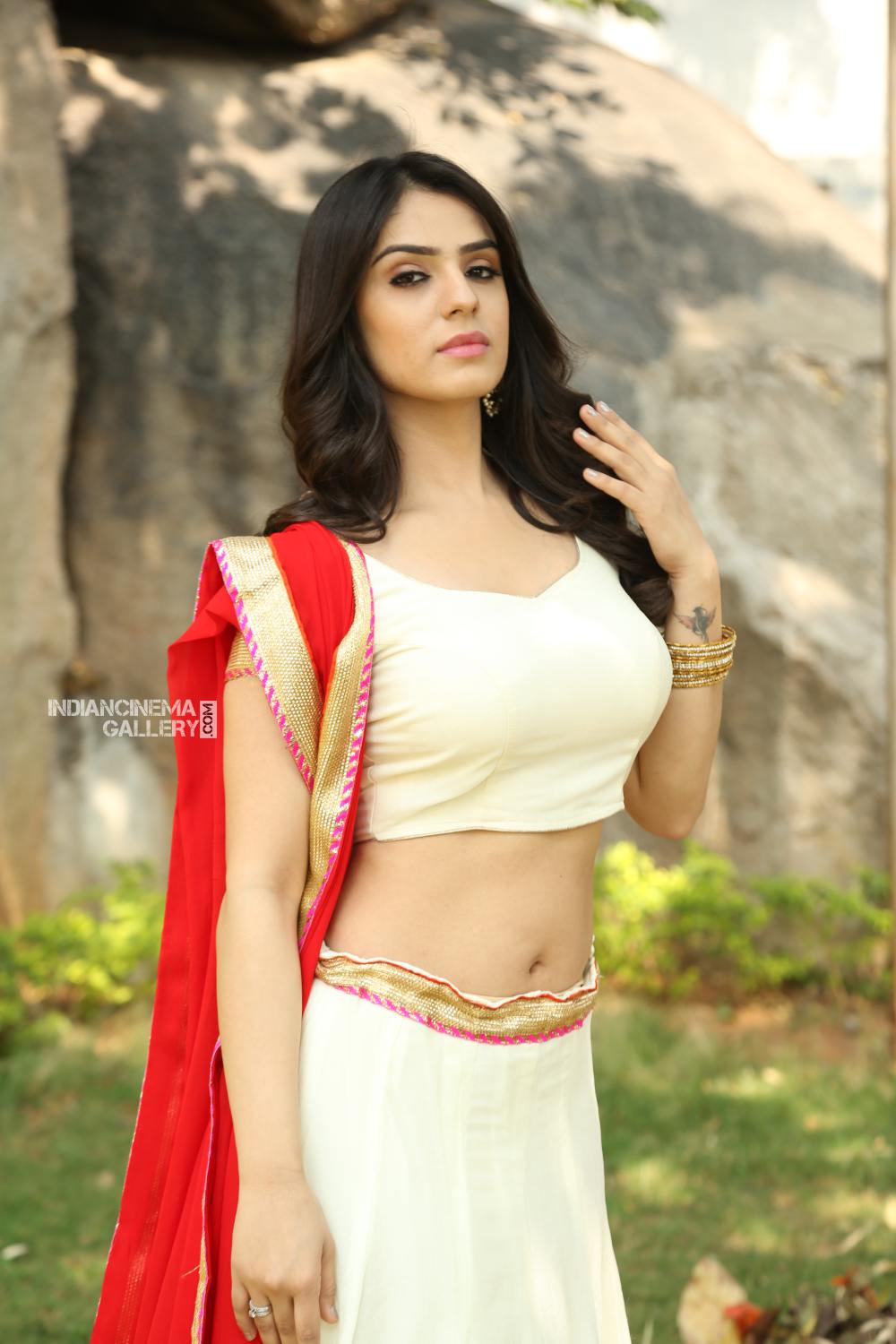 Actress Sidhika Sharma Stills (23)