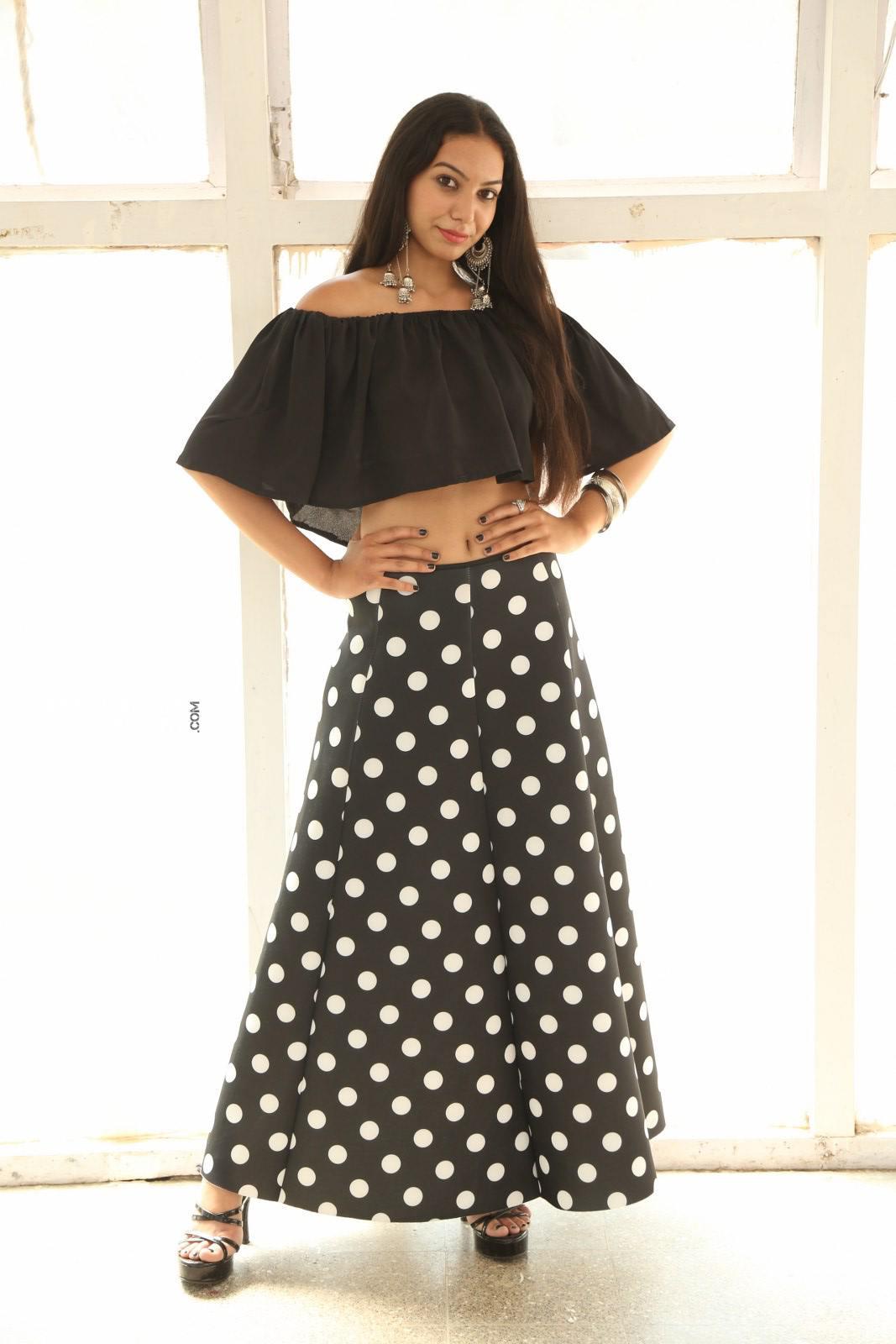Actress Simran Saniya Stills (6)
