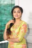 Smruthi-Venkat-photos-14