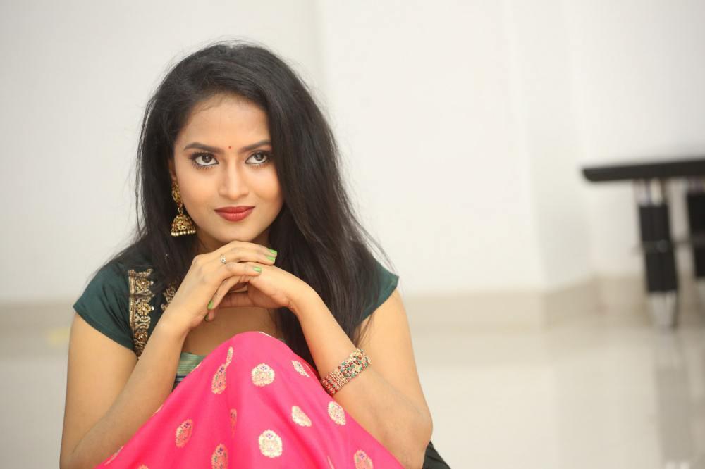 Sravani Kondapalli at Kobbari Matta Pre Release Event (13)