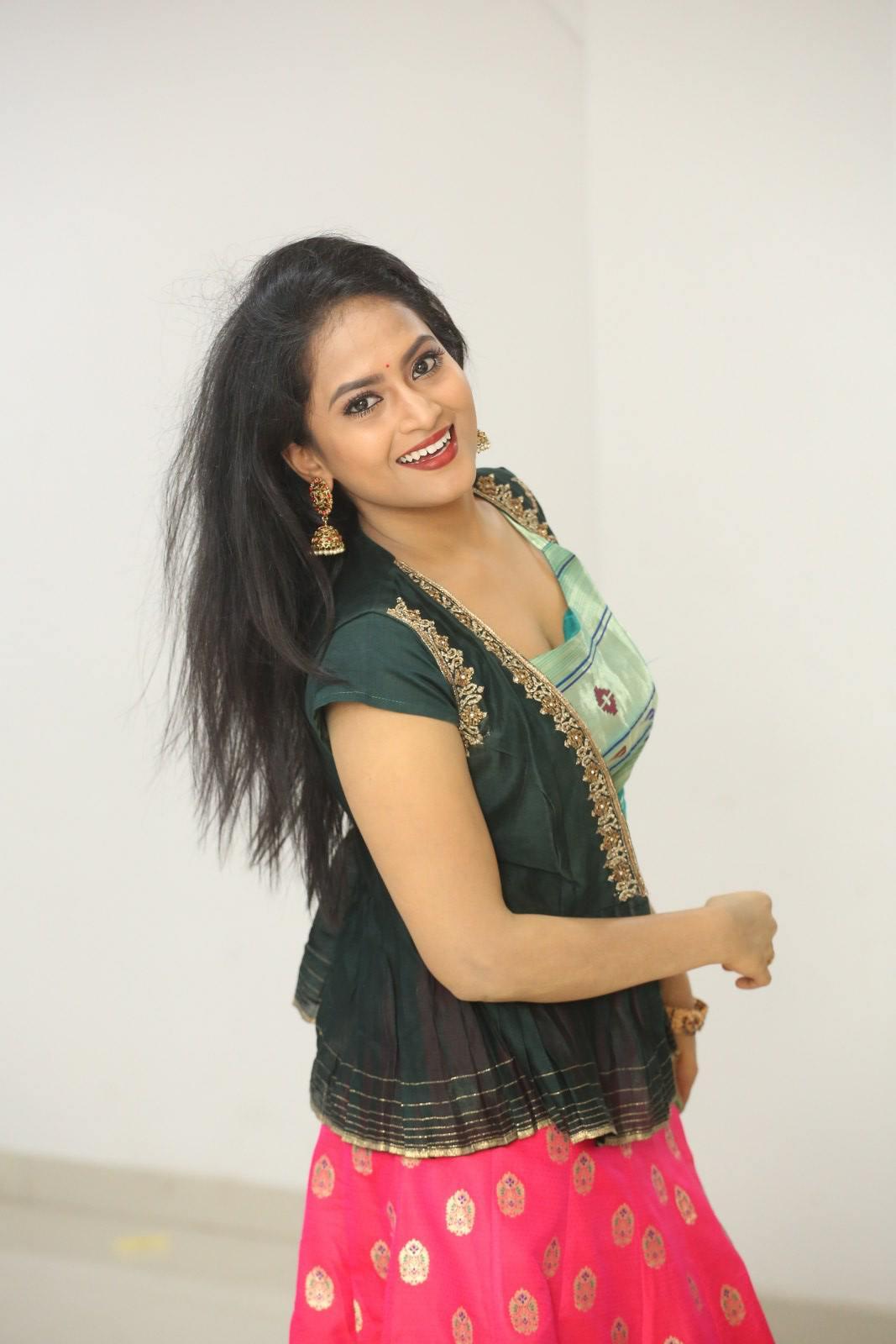 Sravani Kondapalli at Kobbari Matta Pre Release Event (5)