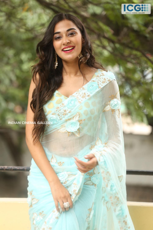 Stefy Patel at Ninnu Thalachi Movie Press Meet (13)