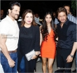 Suhana Khan with Dad Shah Rukh (4)