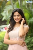 Sukrutha Wagle stills (22)