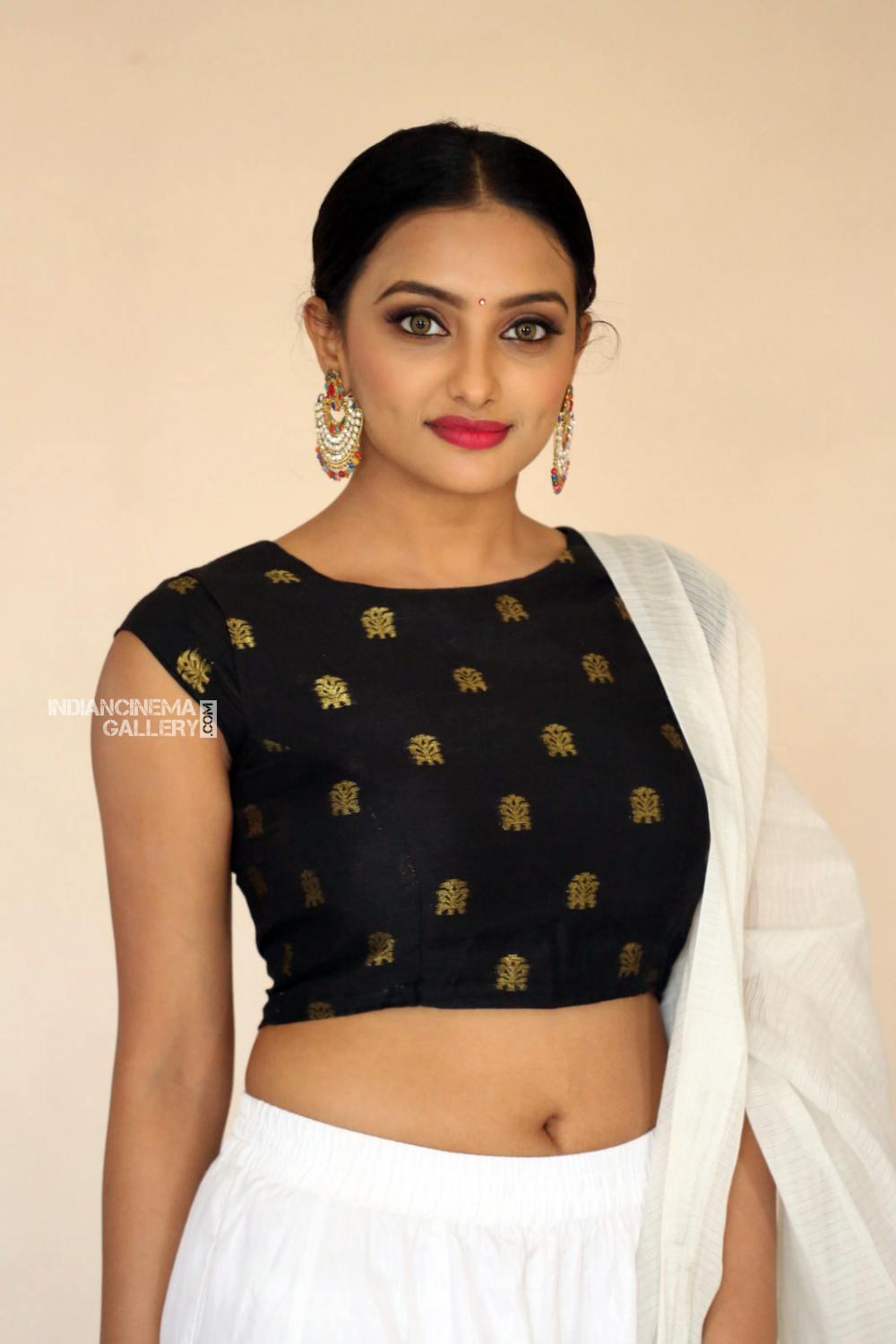 Actress Tuya Chakraborty Stills (6)