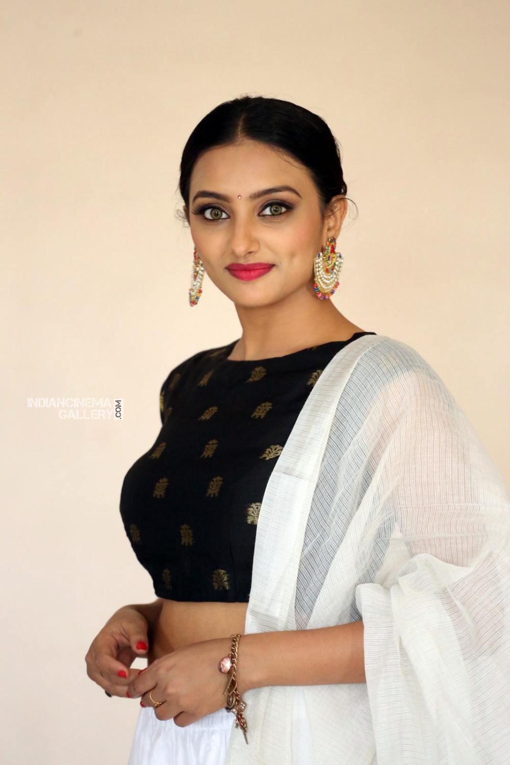 Actress Tuya Chakraborty Stills (8)