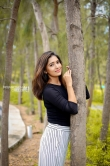 Actress Vani Bhojan Stills (2)