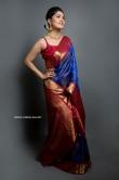 Vani Bhojan in blue saree (1)