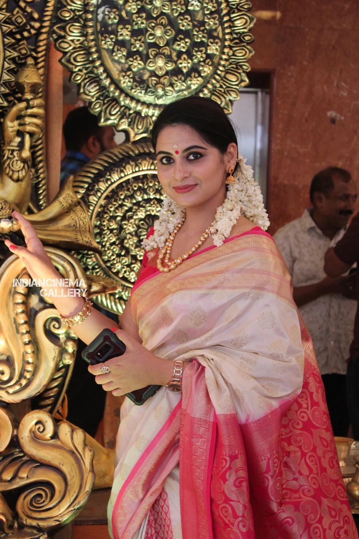 Vishnu Priya Wedding stills (58)