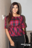 Yashika Anand at Iruttu Araiyil Murattu Kuththu Movie Press Meet (2)